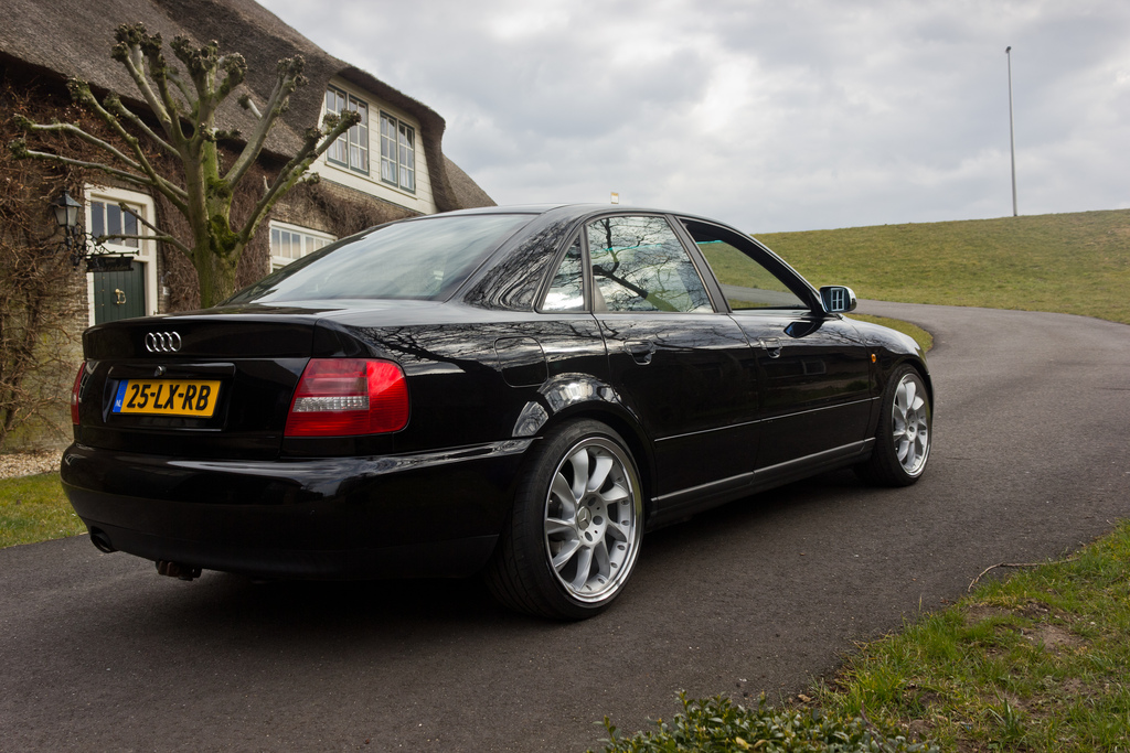 audi of the week jj s b5 a4 cleanaudi. Black Bedroom Furniture Sets. Home Design Ideas