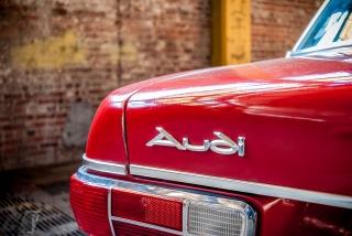 Audi100-38
